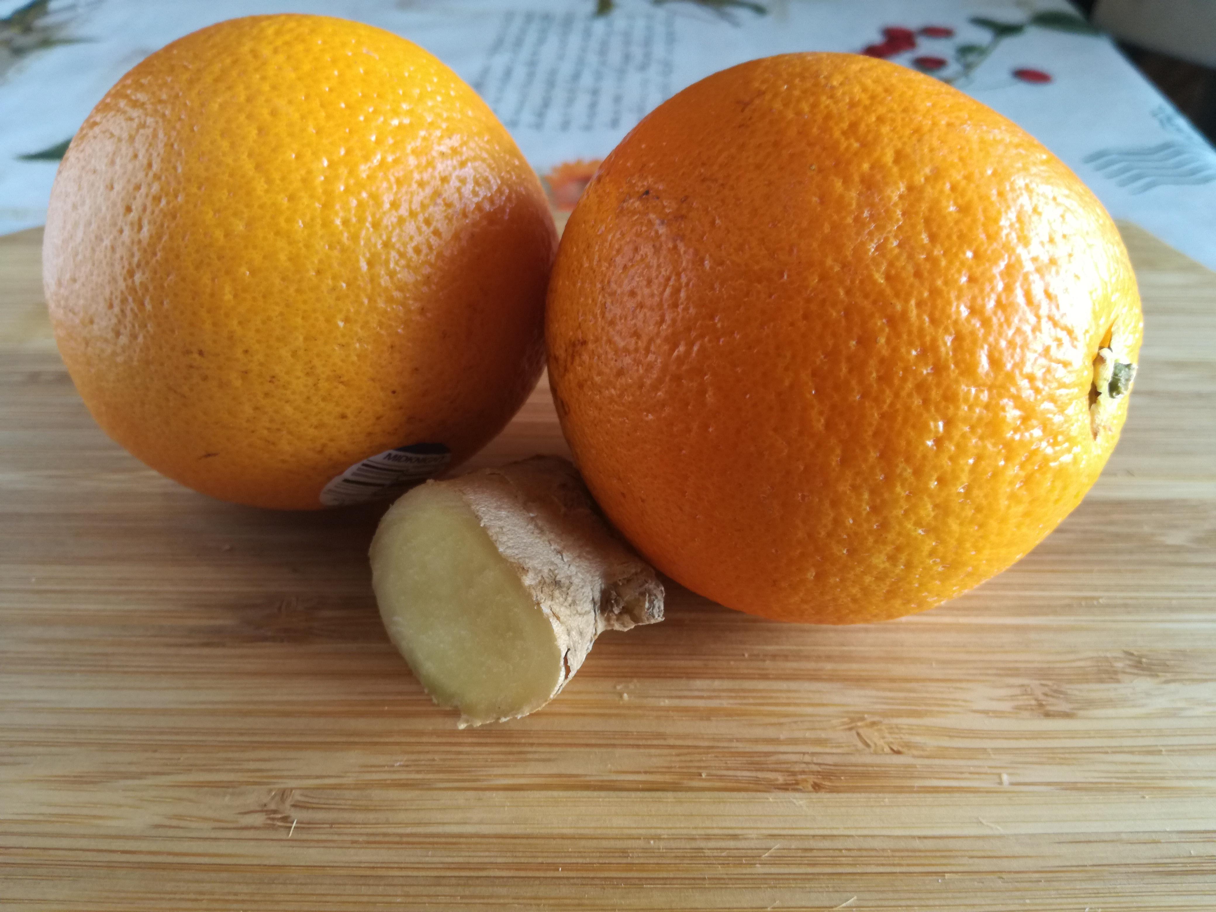 Estratto di arancio e zenzero caldo
